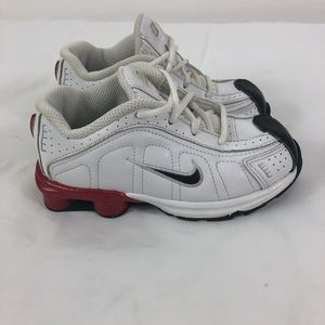 super popular 5cd94 9dd07 Nike Shox Toddler Boys White Leather 10C